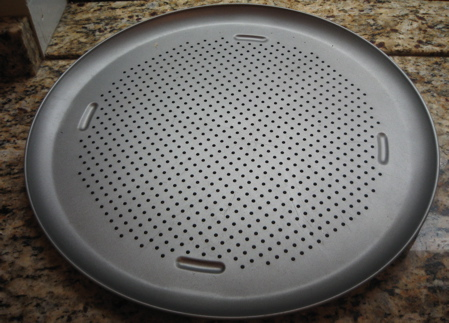 Non-stick pizza baking pan